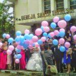 Balon Gas Pelepasan Murah acara di gereja