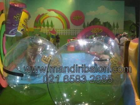 Water Ball Nyam Nyam